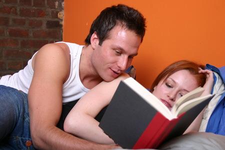 Co to znaczy, że moja dziewczyna czyta seksporadniki? martwi się Marek